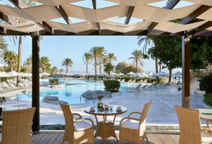 Poolside-Dining-Kos-Imperial-Luxury-Hotel