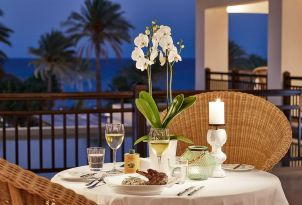 Romantic-Dining-at-Kos-Imperial-Resort